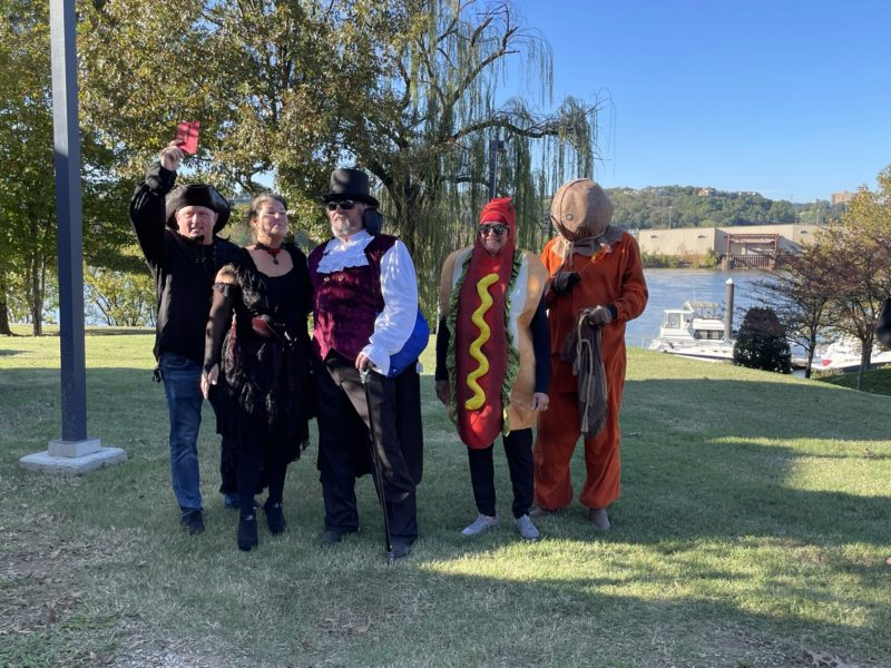 2020 Fall Color Cruise Halloween costume contestants
